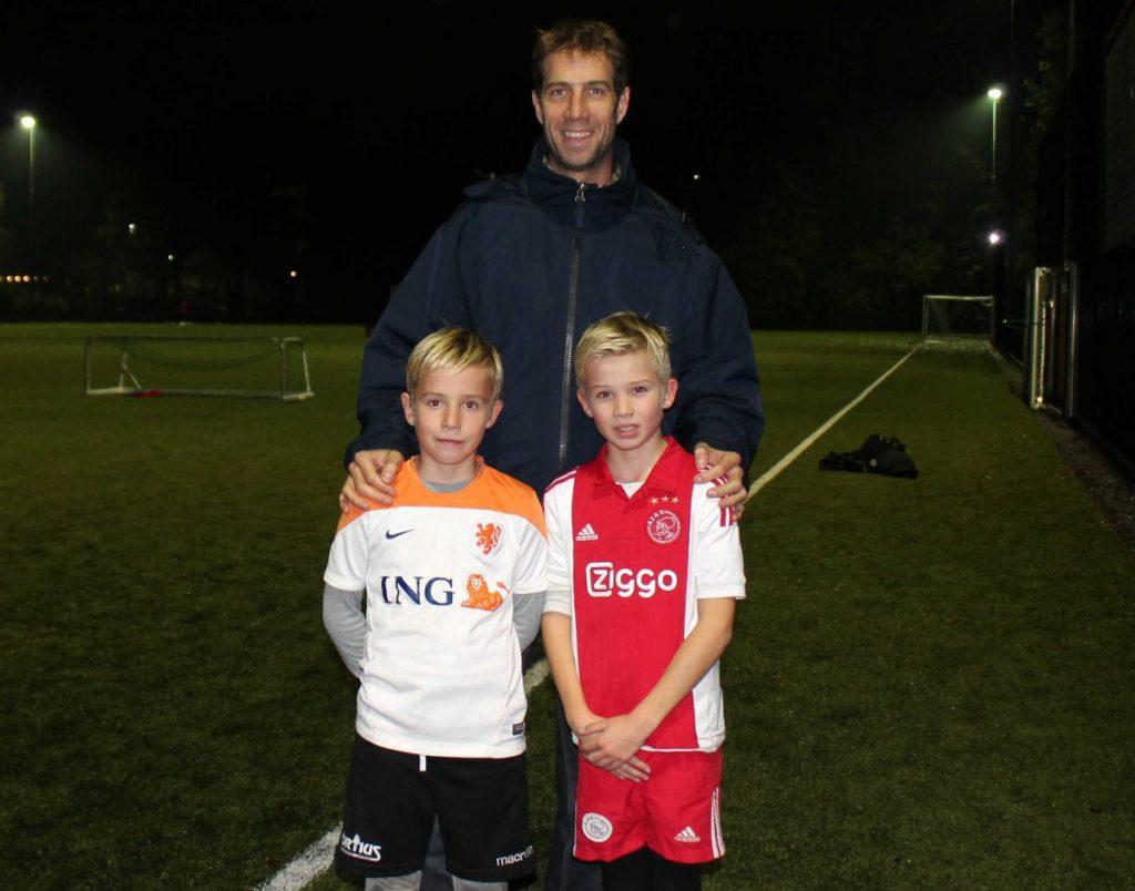 Wybe van B. met zoontjes Axel en Rutger - Foto: Jo Haen © Alle rechten voorbehouden