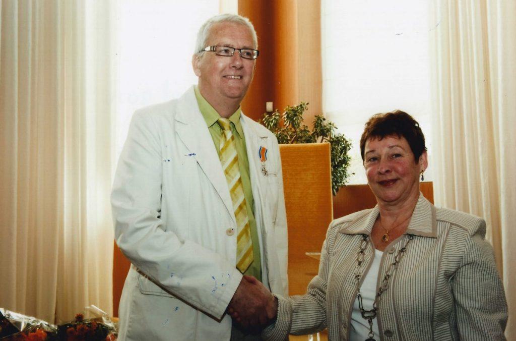 Lid in de Orde van Oranje Nassau - 2010. Foto: Rein Fransen
