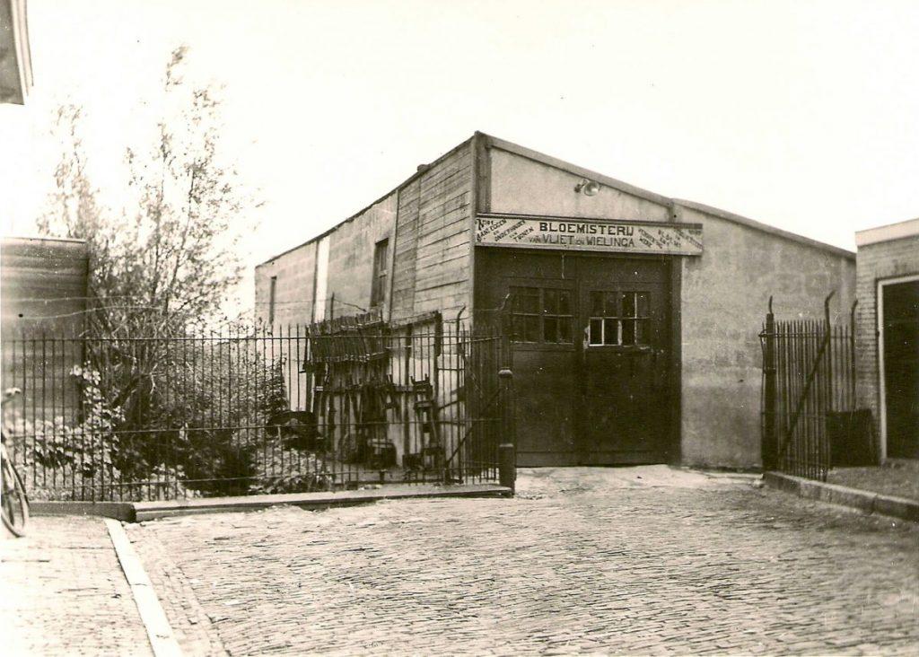 1e Ringdijkstraat 41 Bloemisterij Vliet en Wielinga - ± 1935 . Foto; Familie Jan van Deudekom  Alle rechten voorbehouden