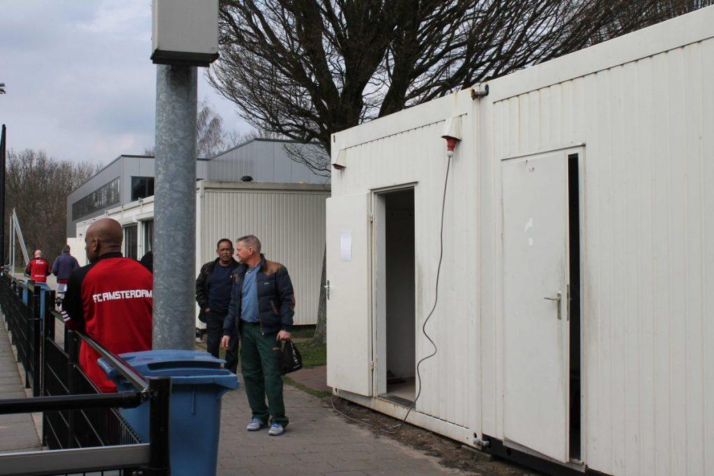 De kleedkamer bij F.C. Amsterdam - Foto: Jo Haen