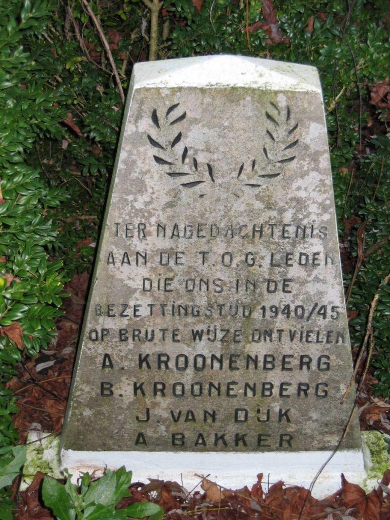 Gedenksteen a.v.v. T.O.G. Foto: Kees Zijp