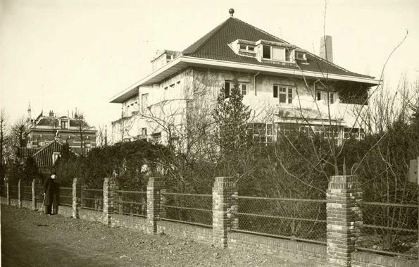 Omval 45 Villa Ibolya 1938 . Foto: Beeldbank Amsterdam Alle rechten voorbehouden