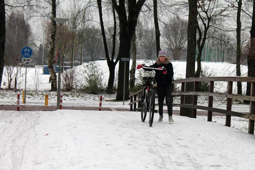 Sportpark in de sneeuw - Foto: Jo Haen - Alle rechten voorbehouden