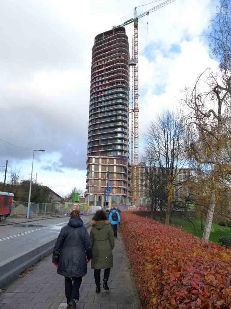 Vanaf de Overzichtweg De Amstel Tower in wording te zien - 2017- Foto: Toine Roestenburg - Alle rechten voorbehouden