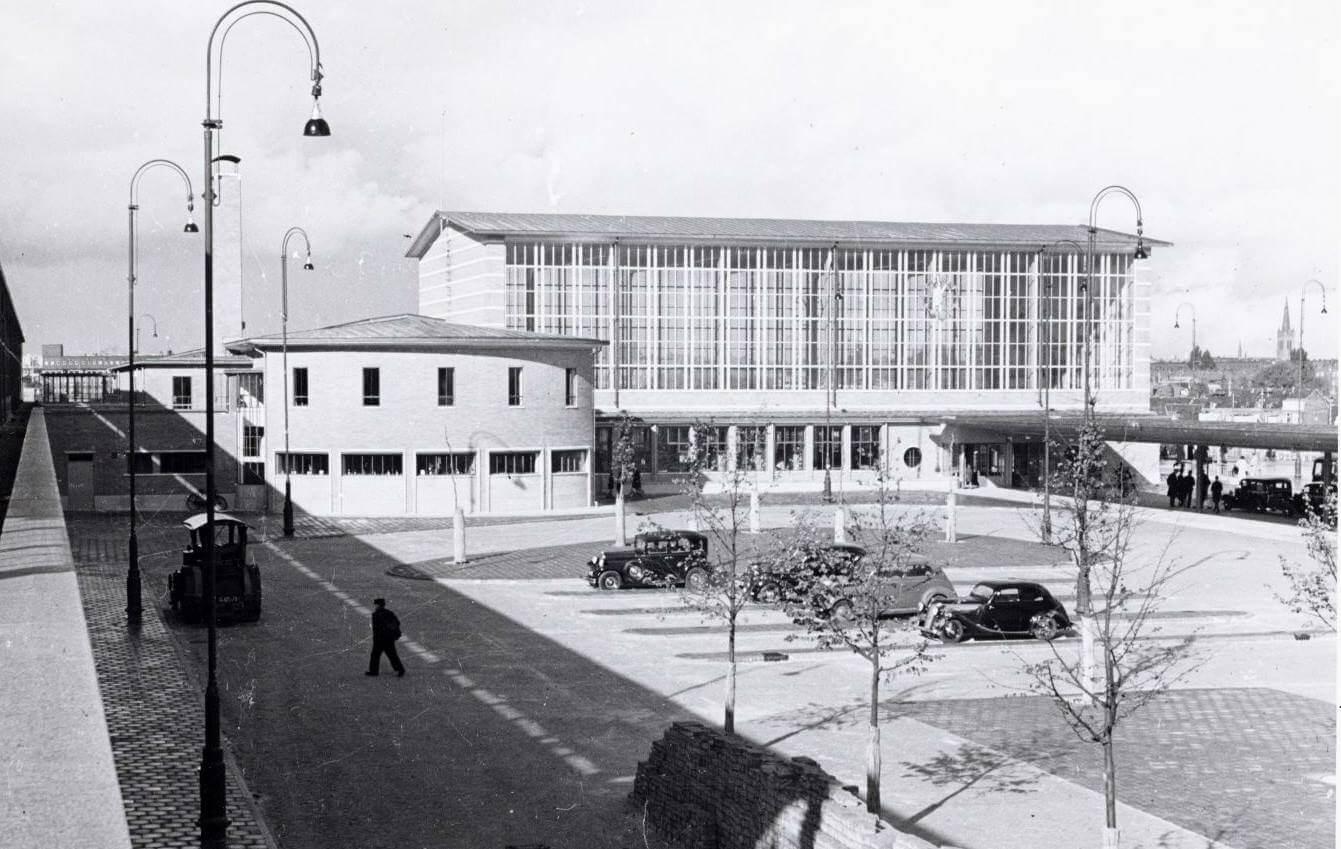 Amstelstation 1939 - Foto: Beeldbank Amsterdam - Alle rechten voorbehouden