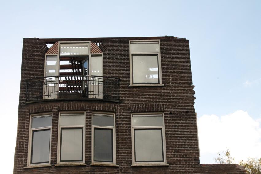 Afbraak naast café de Omval - Foto: Jo Haen - Alle rechten voorbehouden