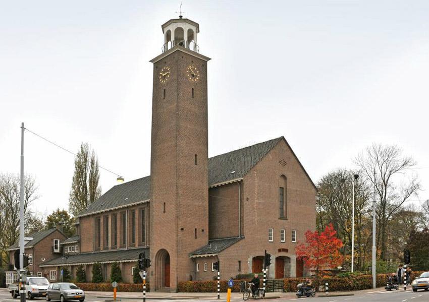Hugo de Vrieslaan 2  Wesley Methodist Church Amsterdam - Foto: Beeldbank Amsterdam - Alle rechten voorbehouden