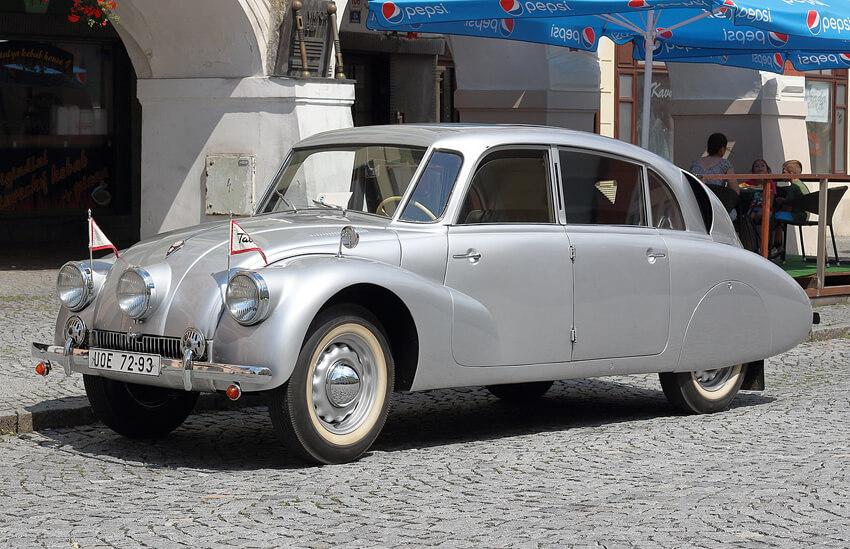 Een Tatra - Alle rechten voorbehouden