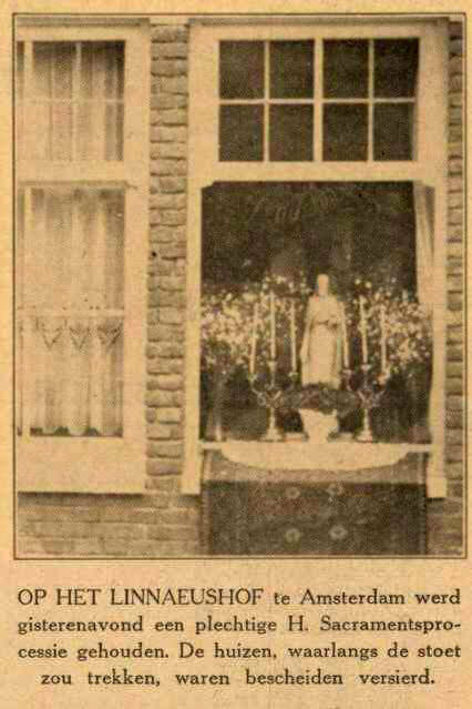Processie Hofkerk – Linnaeushof in 1931 . Bron: De Maasbode van 22-06-1931