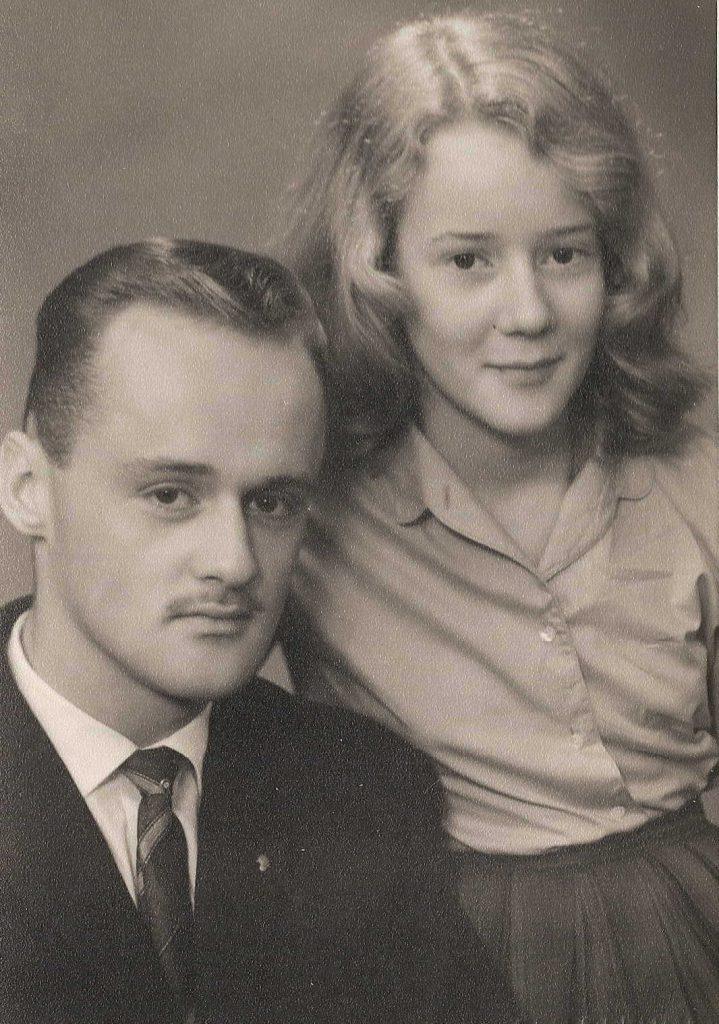 Mildred + broer Mildred met haar broer Theo Muller. Alle rechten voorbehouden