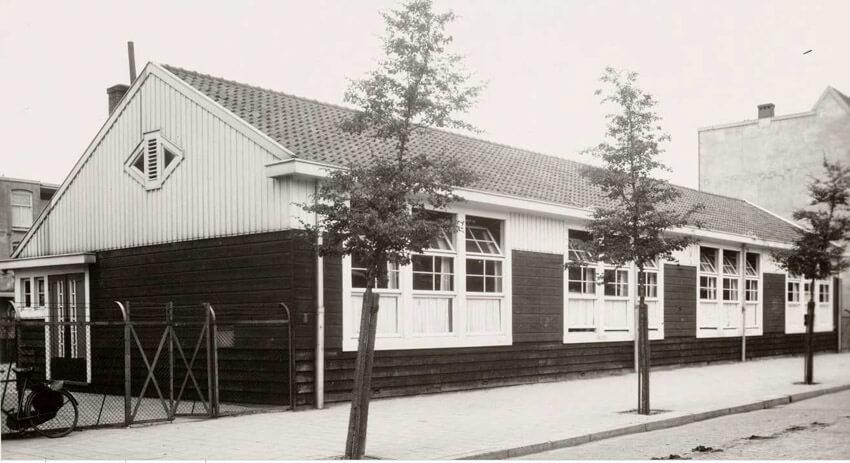 Fraunhoferstraat Houten verenigingsgebouw 1941 . Foto: Beeldbank Amsterdam  Alle rechten voorbehouden