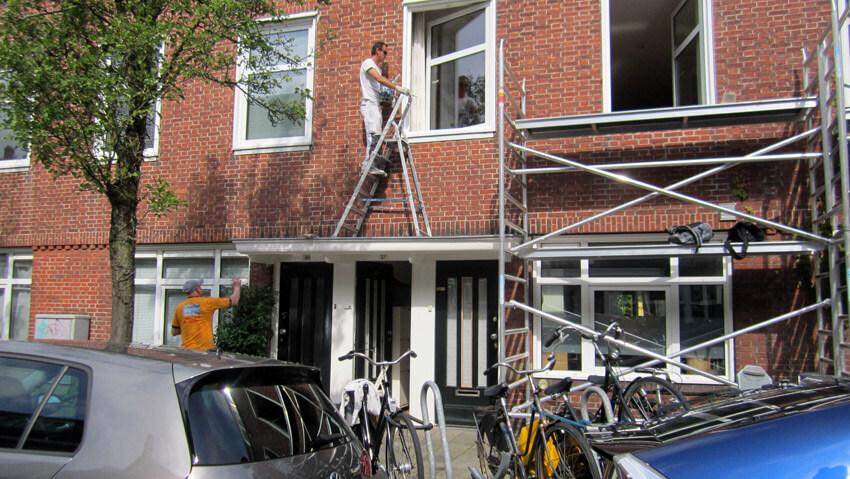 Fraunhoferstraat 37 - 2014 . Foto: Jo Haen Ook in 2014 wordt het pand geschilderd Alle rechten voorbehouden