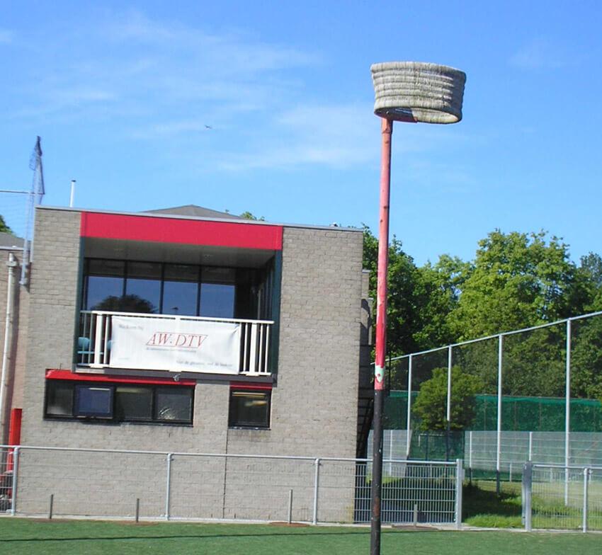 De achterkant van het clubhuis op sportpark Drieburg. Foto: Jo Haen Alle rechten voorbehouden