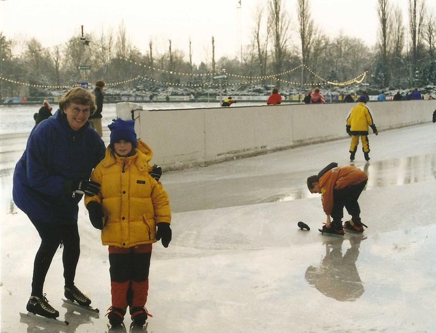 Winter 2000. Jo Haen met haar kleindochter Marit. Foto: Jo Haen Alle rechten voorbehouden
