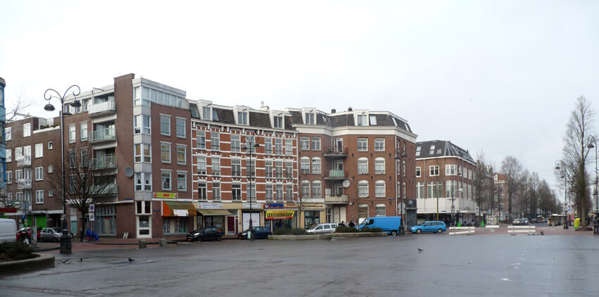 Het lege Dapperplein op zondag - Foto: Toine Roestenburg - Alle rechten voorbehouden