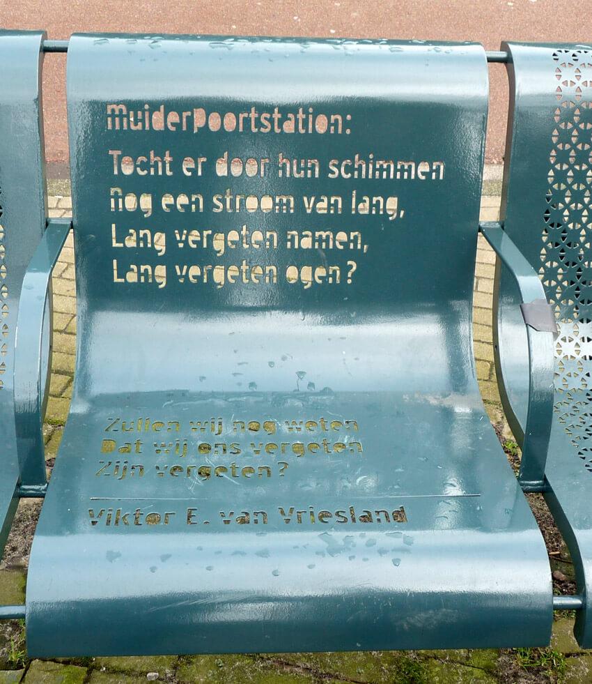 Het gedicht van Victor van Vriesland.