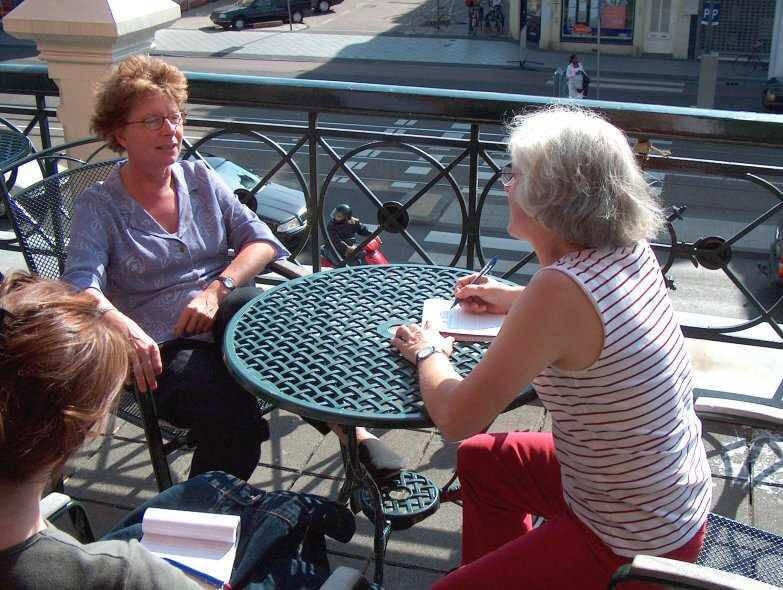 Interview op het balkon van het deelraadkantoor  Alle rechten voorbehouden