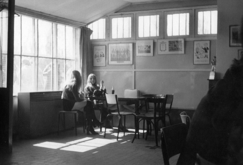 Zomaar een leuk plaatje. Twee TOG kantines geleden in 1971.