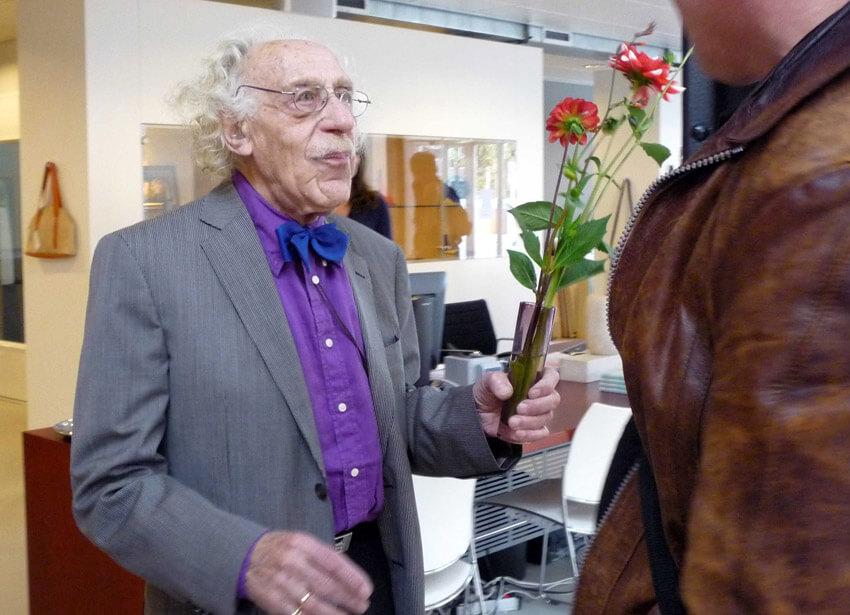 Bloemen voor de kunstenaar altijd jong van hart Alle rechten voorbehouden