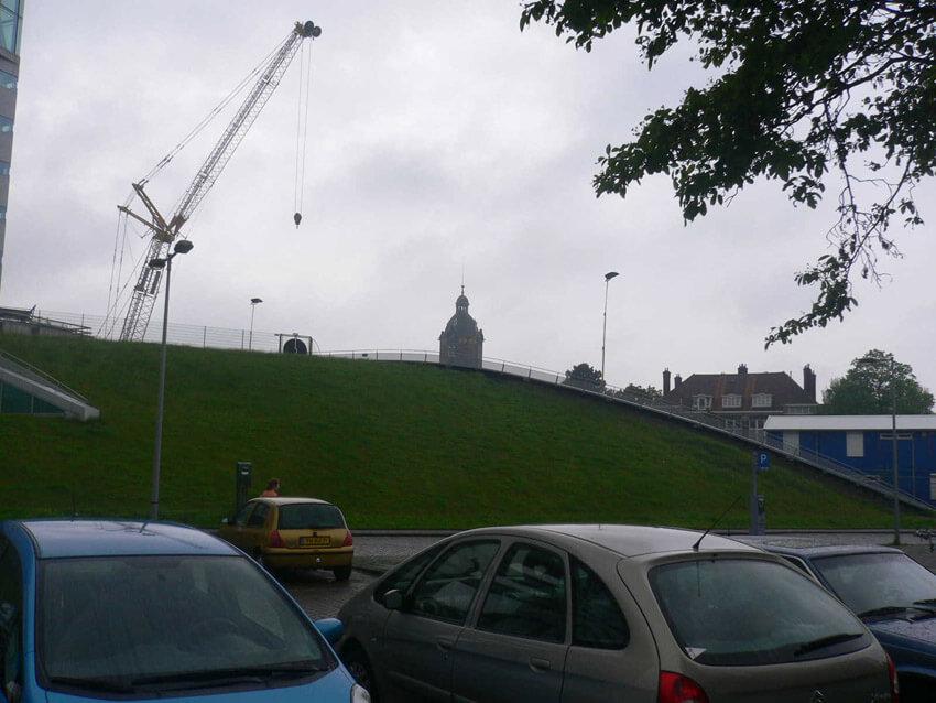 De watertoren van de voormalige Zuidergasfabriek is hier (nog) te zien. Alle rechten voorbehouden