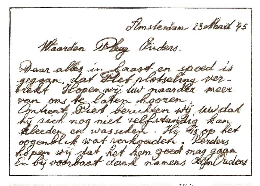 Briefje, in 1945 in de haast geschreven door de ouders van Piet aan de dan nog onbekende Friese familie die Piet in de oorlog zou opvangen. . Foto: Piet Verschut © Alle rechten voorbehouden