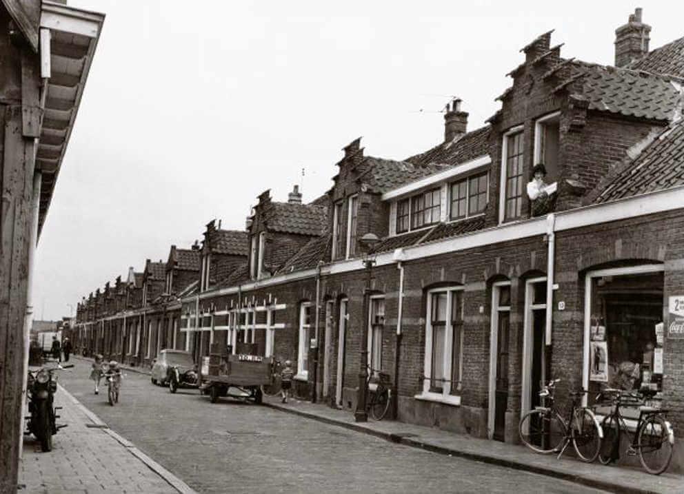 De oude Schagerlaan, anno 1960, vlak voor de afbraak. Alle rechten voorbehouden