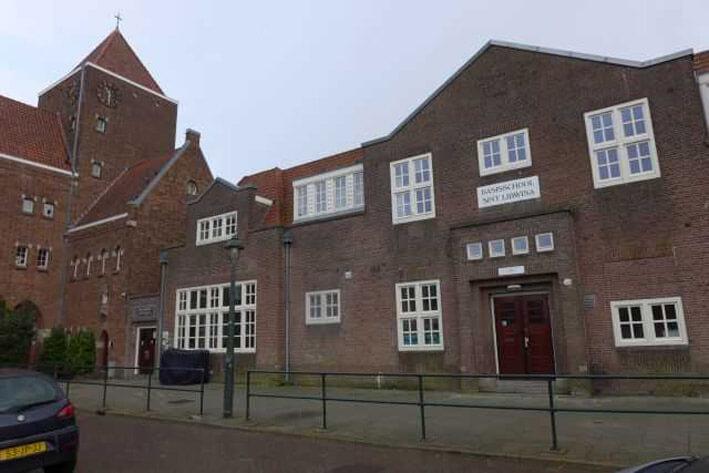 Heilige Familiekerk - Wij waren van huis uit Rooms-Katholiek - Foto: Ans van de Scheur Alle rechten voorbehouden