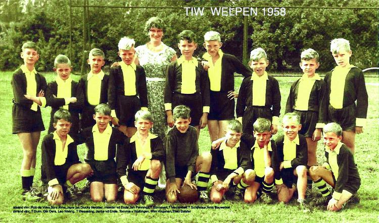 T.I.W. Welpen 1958 - Foto: Tom van Wattingen - Alle rechten voorbehouden