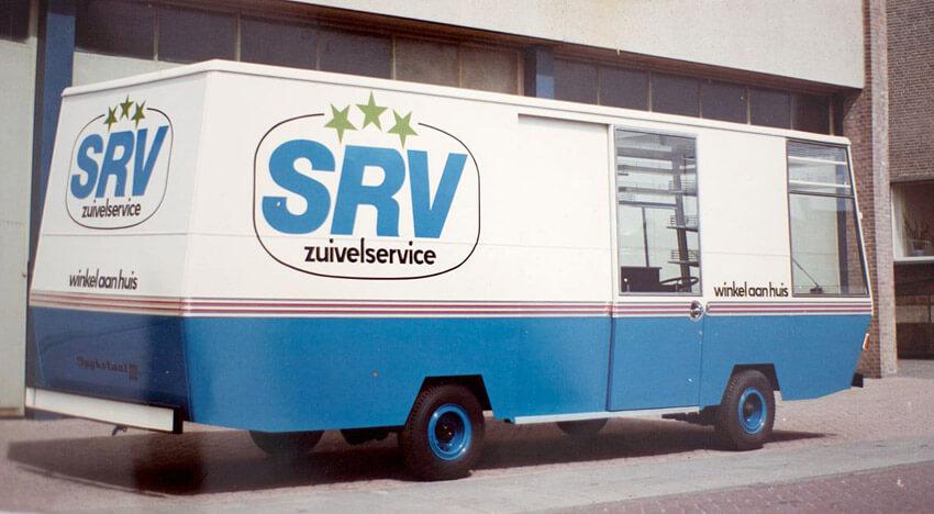 Zo zag de SRV wagen er uit! Dat was wel wat voor mij geweest om met z'n logge wagen door de kleine straatjes te rijden. Dat deed die Albert maar knap. Alle rechten voorbehouden
